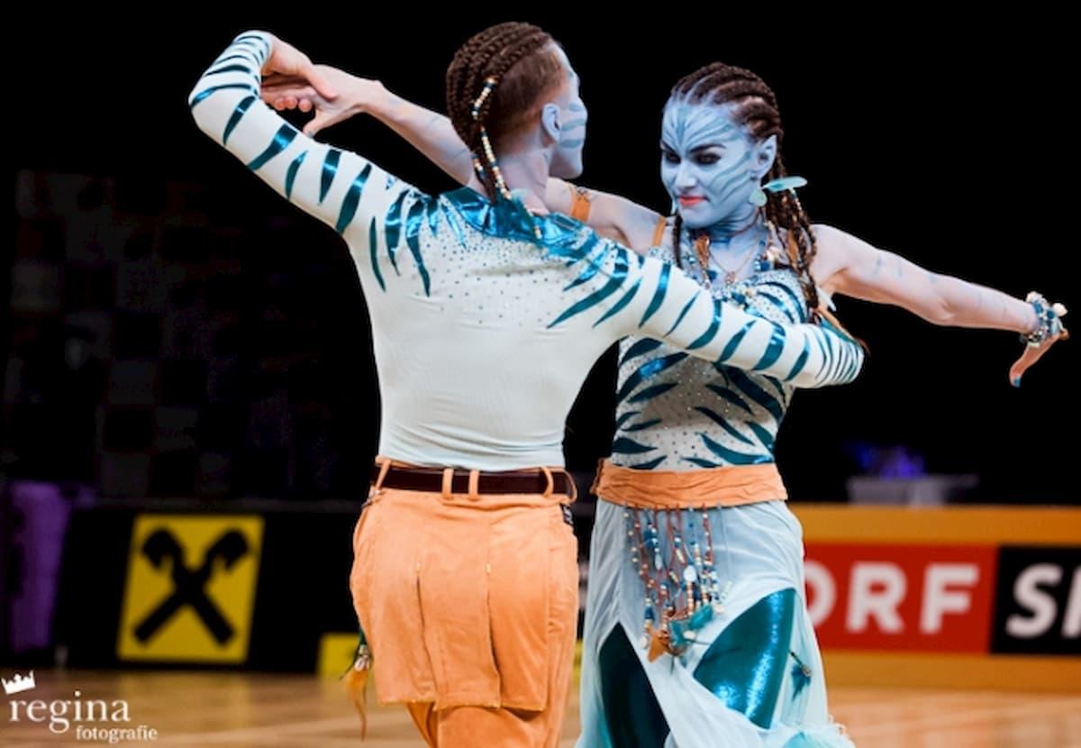 WM 2020 Show Dance Standard und Latein der WDSF-Profis in Leipzig am 24.10.2020 - hier im Bild Valenin Lusin und Renata Lusin bei einer früheren WM Show Dance