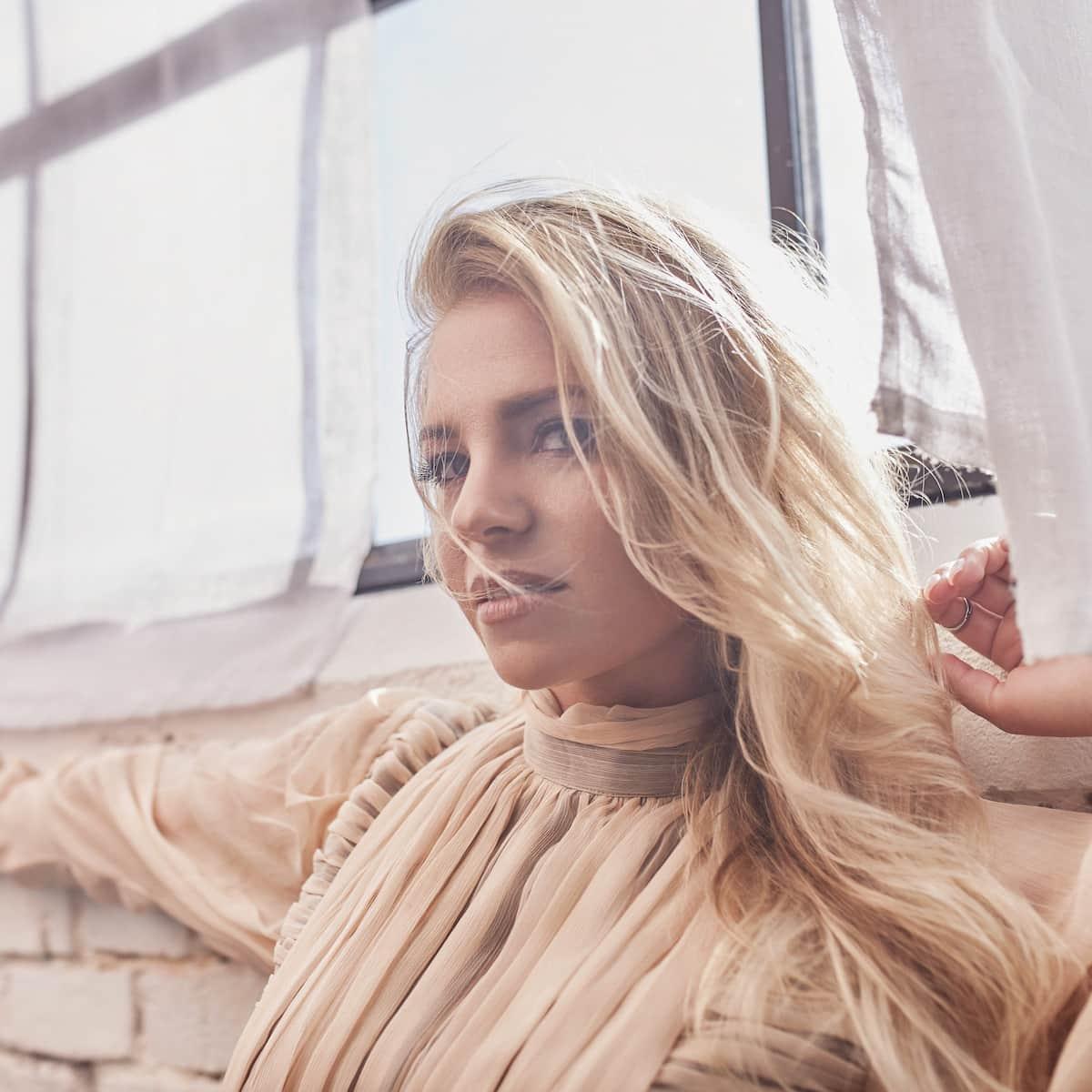 Marina Marx - Debüt-Album Der geilste Fehler veröffentlicht - CD-Kritik