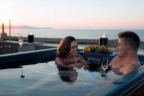 Bachelorette am 28.10.2020 - Wer muss ausscheiden - hier im Bild Melissa und Moritz
