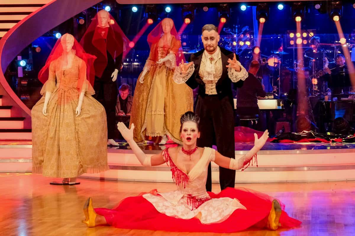Dancing Stars 30.10.2020 Edita Malovcic - Florian Vana