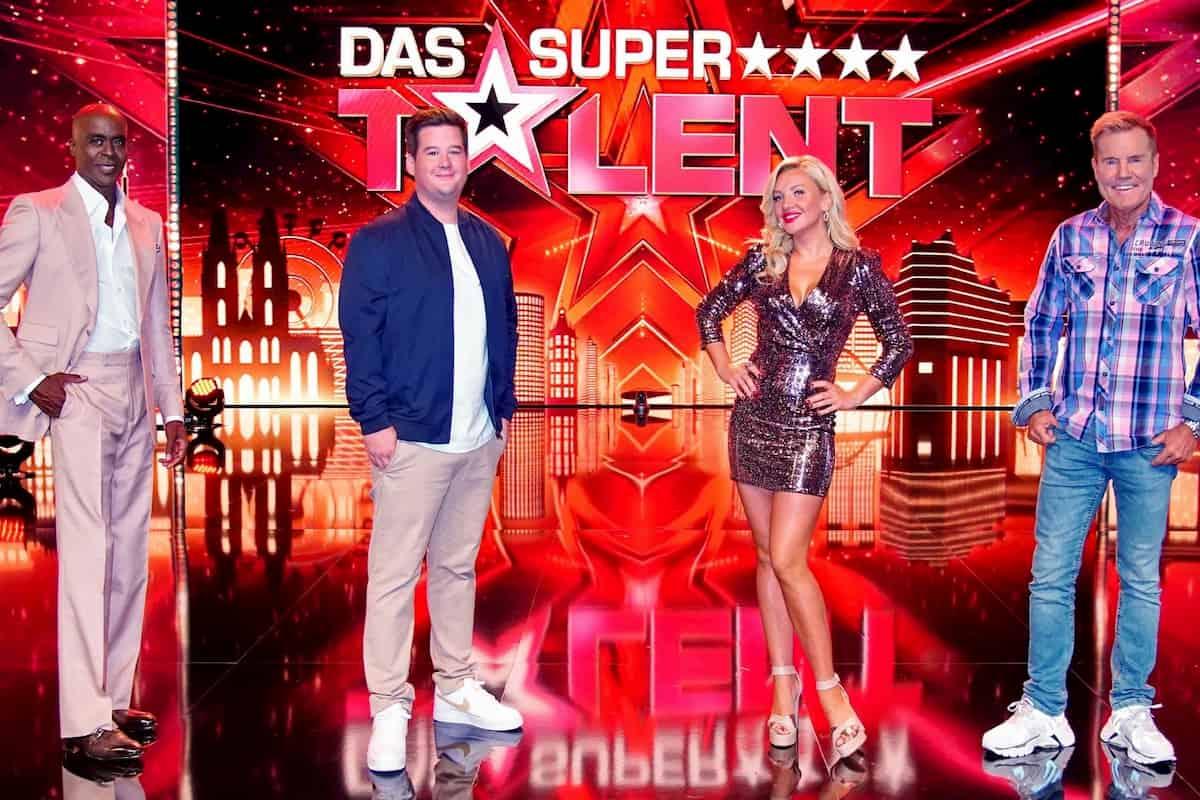 Supertalent am 17.10.2020 Überblick alle Kandidaten 1. Sendung - hier die Jury im Bild