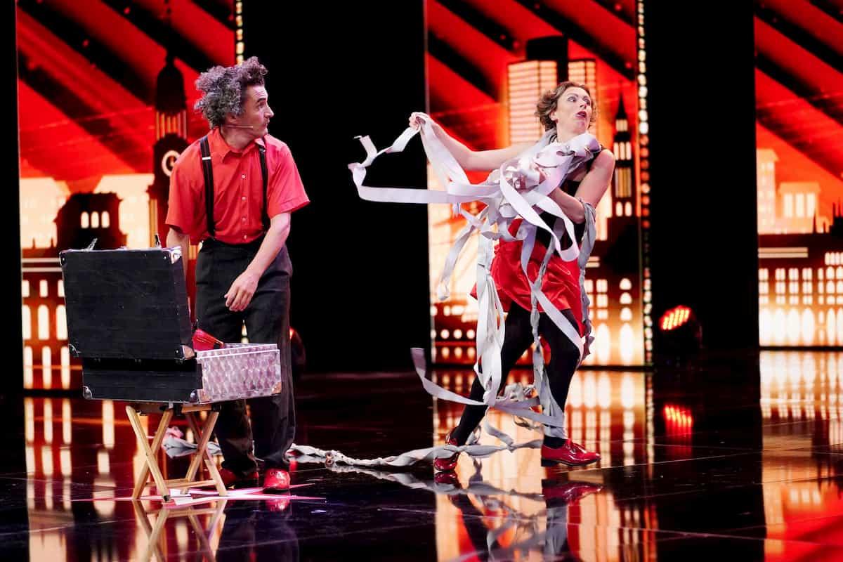 Supertalent am 17.10.2020 - Stephane mit Francoise alias Elastic & Francesca