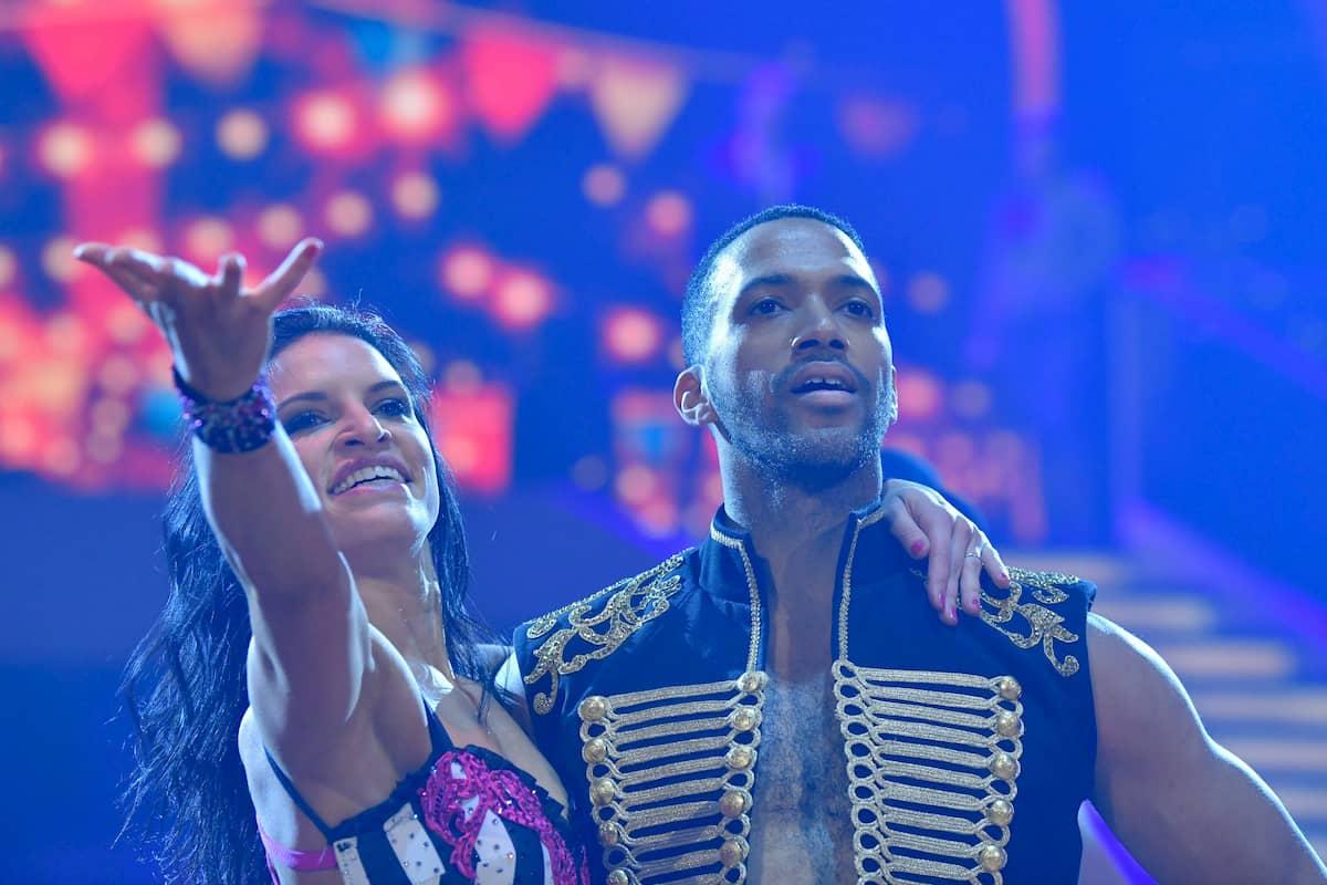 Cesar Sampson - Conny Kreuter beim Show-Tanz Finale Dancing Stars 2020 am 27.11.2020