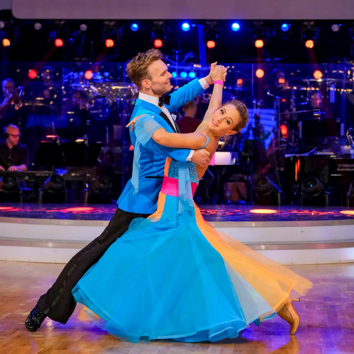 Dancing Stars am 13.11.2020 - Michi Kirchgasser- Vadim Garbuzov