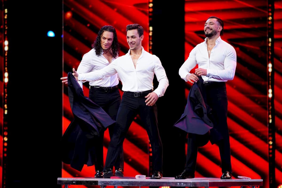 Goldener Buzzer beim Supertalent am 28.11.2020 für die Messoudi Brothers von Evelyn Burdecki