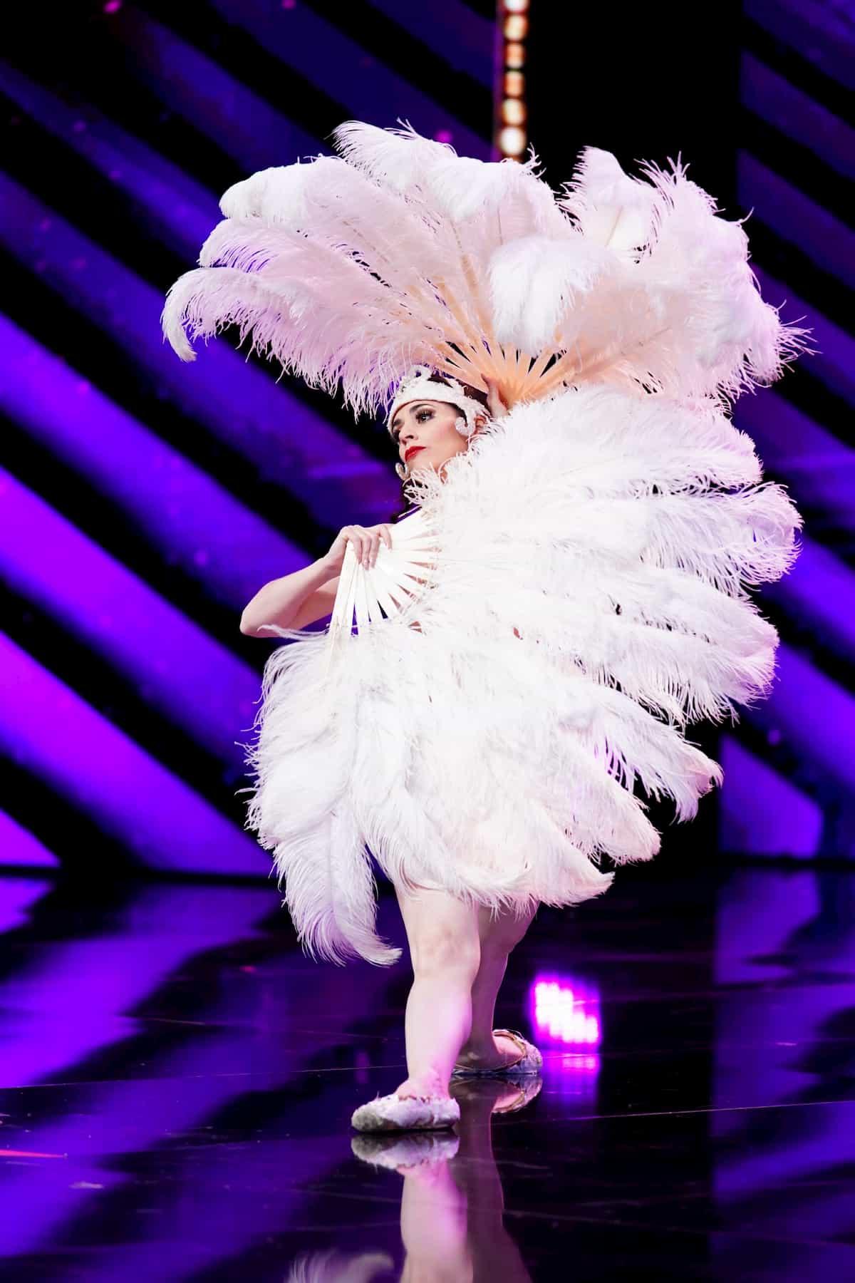 Mademoiselle Parfait de la Neige Kandidatin beim Supertalent am 28.11.2020