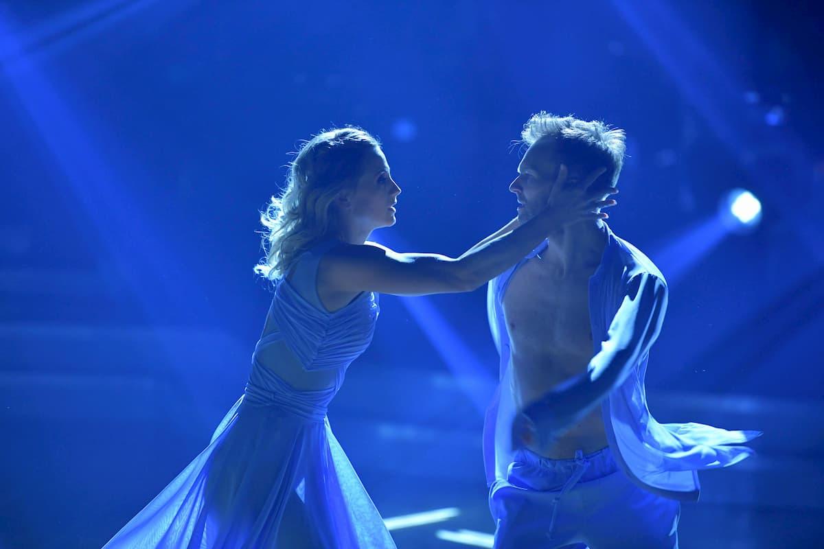 Michaela Kirchgasser - Vadim Garbuzov Contemporary Finale Dancing Stars 2020 am 27.11.2020