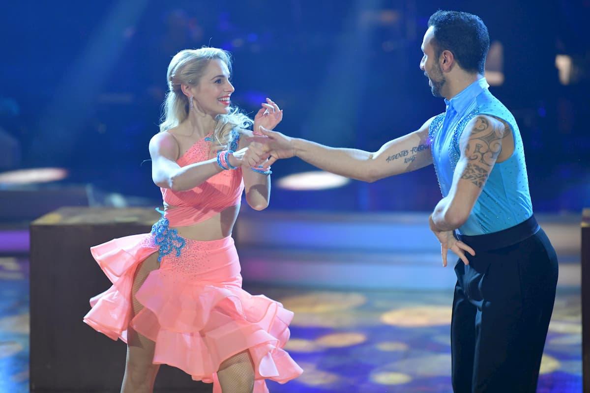Silvia Schneider - Danilo Campisi Salsa Finale Dancing Stars 2020 am 27.11.2020