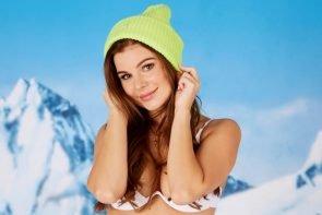 Bachelor 2021 Alle Kandidatinnen und ihre schönsten Bikini-Fotos - hier im Bild Kandidatin Vivian