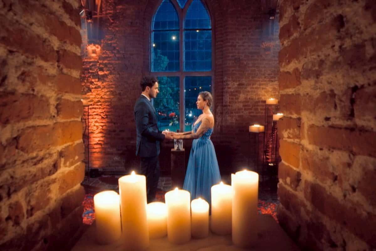 Leander gewinnt die Bachelorette 2020 und bekommt die letzte Rose