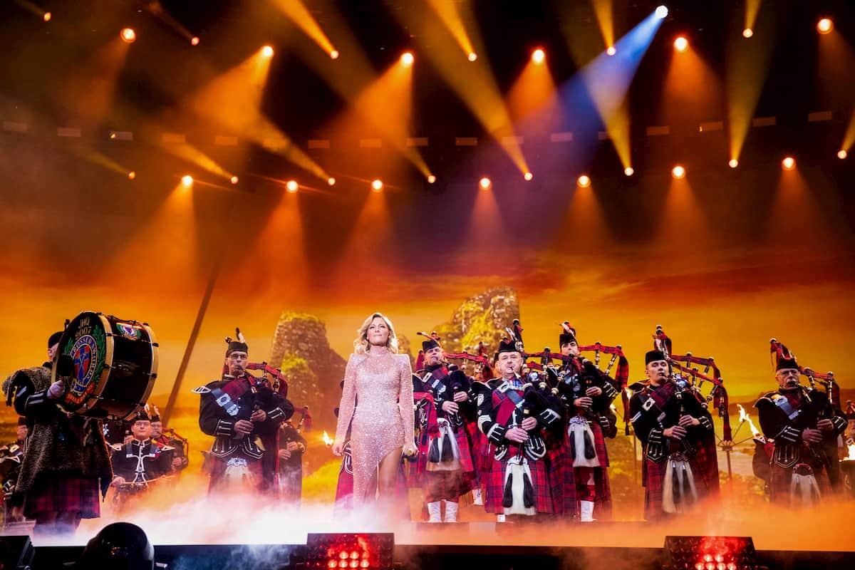 The Crossed Sword Pipes in der Weihnachts-Show von Helene Fischer 2020