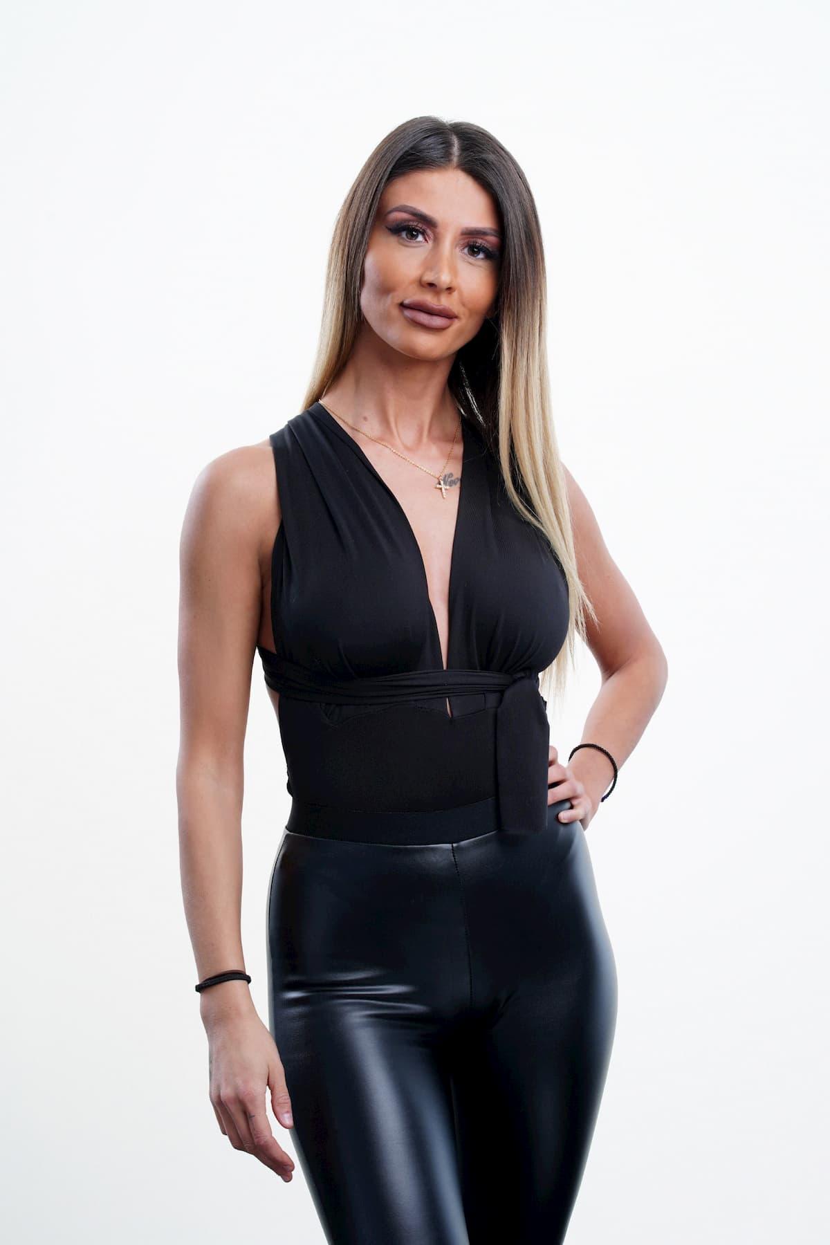 Christina Dimitriou als Kandidatin der Dschungelshow 2021