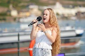 DSDS 2021 am 5.1.2021 Kandidaten 1. Sendung, Songs, erste Goldene CD - hier im Bild Zoe-Priscilla Hannemann