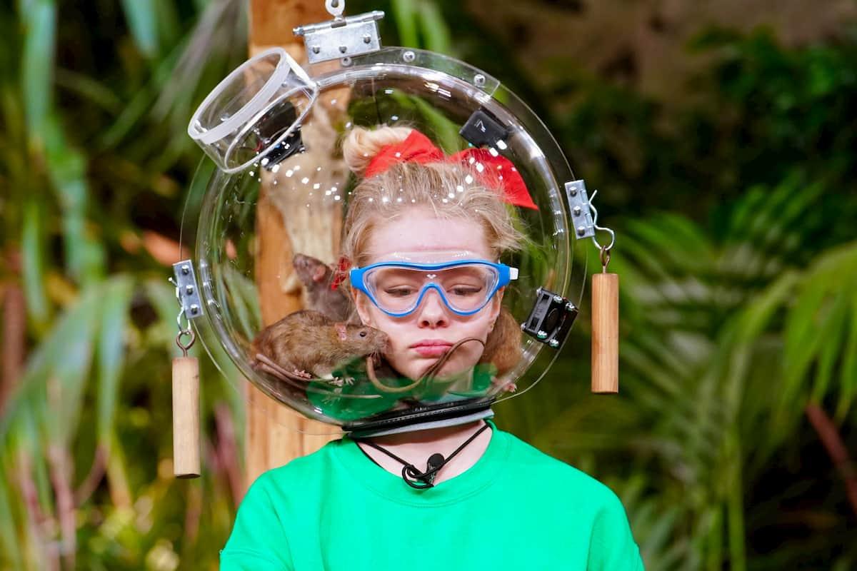 Zoe Saip in der Dschungelprüfung der Dschungelshow am 17.1.2021