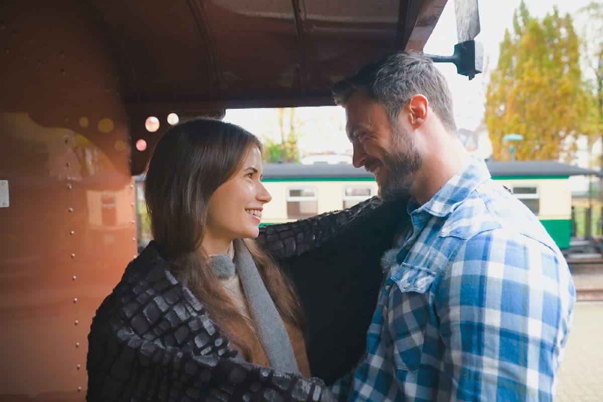Esther und Niko kommen sich näher beim Bachelor am 3.2.2021
