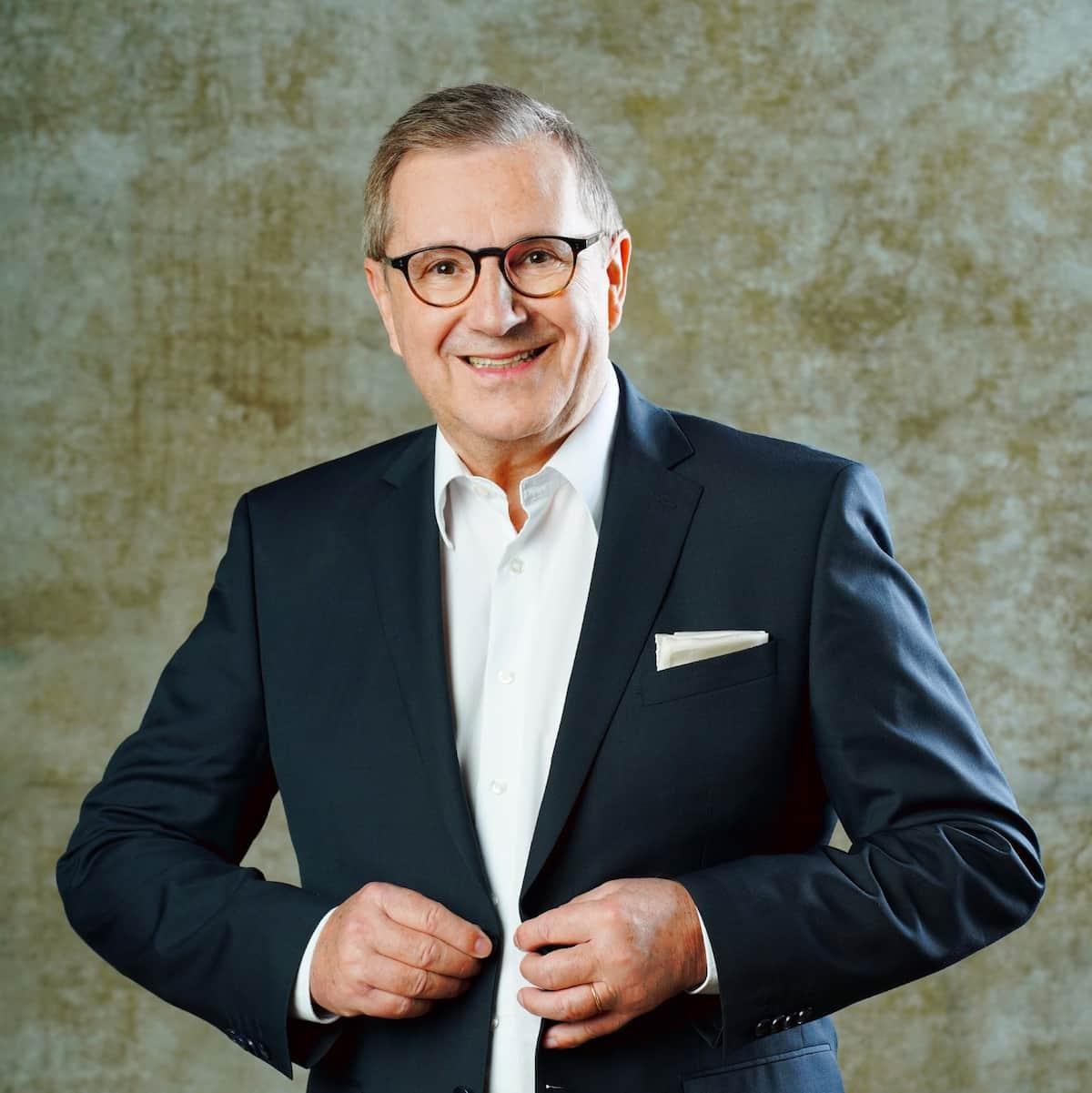 Jan Hofer als Kandidat bei Let's dance 2021