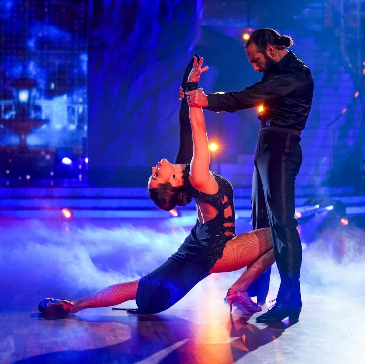 Lili Paul-Roncalli - Massimo Sinato zeigen bei Let's dance am 26.2.2021 einen Tango - hier ein Foto aus dem letzten Jahr