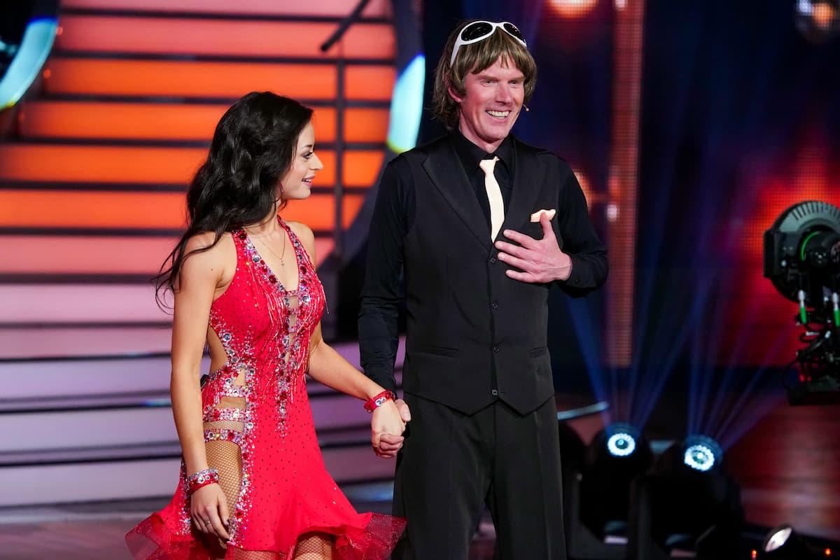Malika Dzumaev und Mickie Krause bei Let's dance am 26.2.2021
