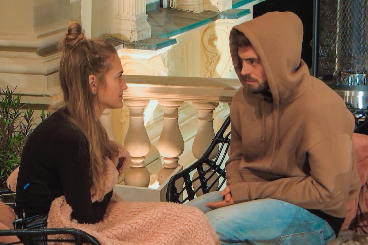 Mimi (Michelle) und Niko in ihrer Aussprache beim Bachelor am 3.2.2021