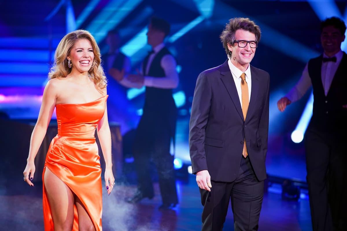 Victoria Swarovski und Daniel Hartwich bei Let's dance am 26.2.2021