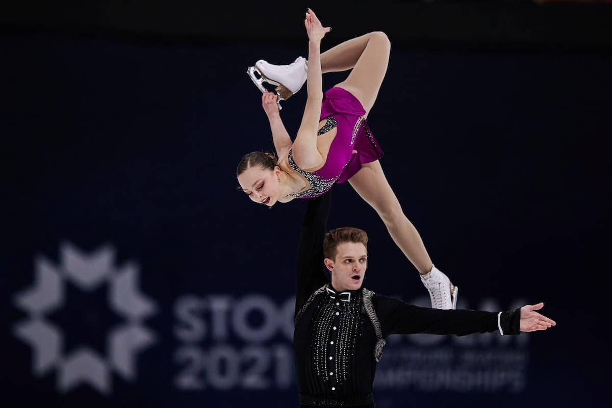 Aleksandra Boikova - Dmitrii Kozlovskii aus Russland Platz 3 bei der Eiskunstlauf-WM 2021