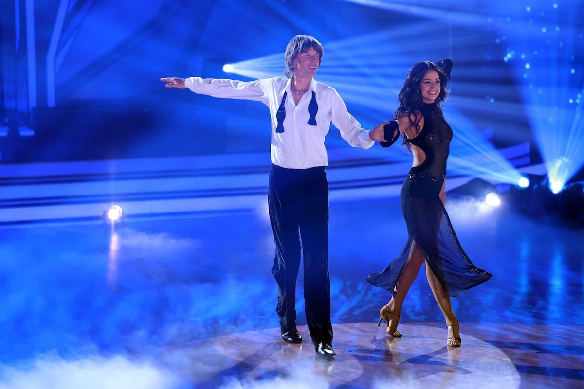 Mickie Krause und Malika Dzumaev bei Let's dance am 19.3.2021