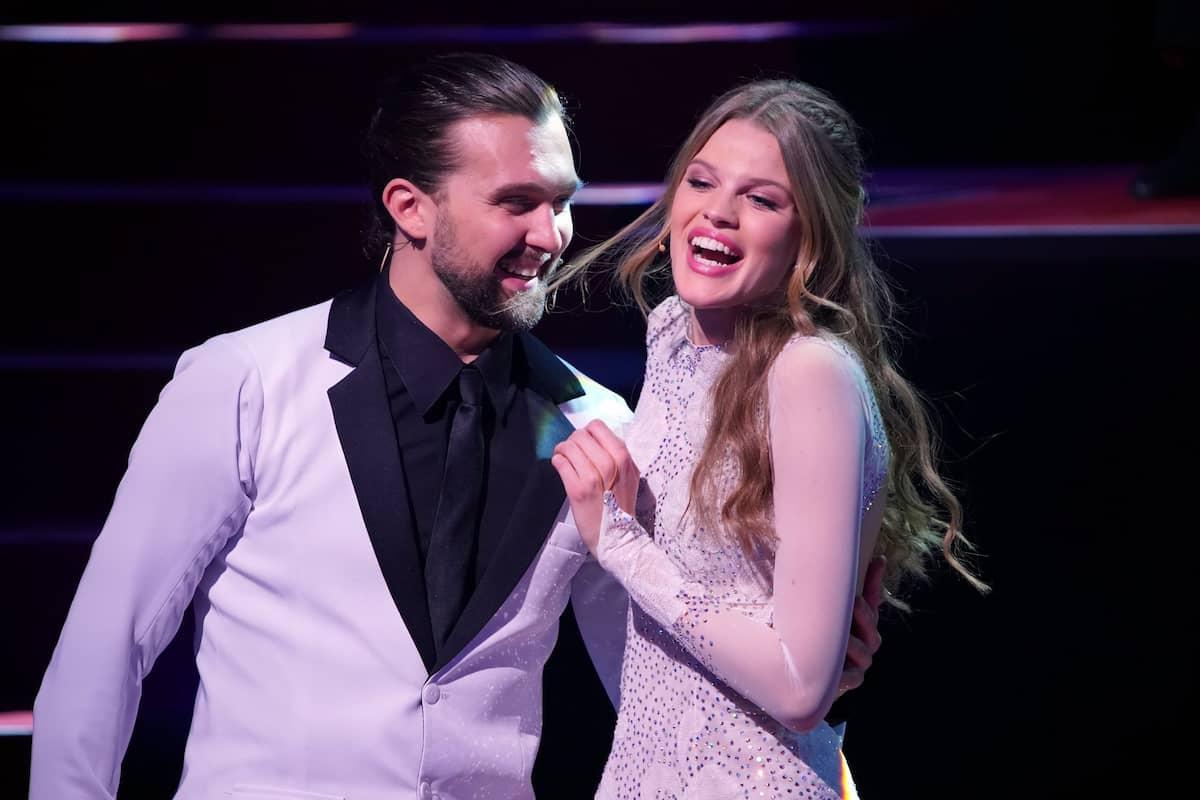 Pasha Zvychaynyy und Kim Riekenberg Let's dance 5.3.2021
