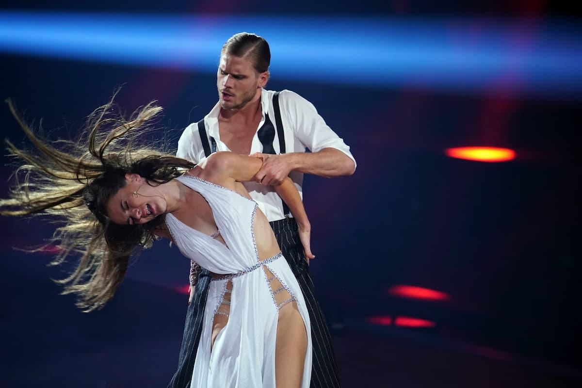 Rurik Gislason und Renata Lusin bei Let's dance am 12.3.2021