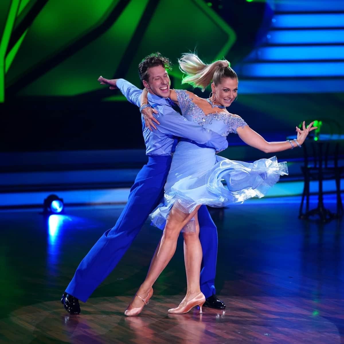 Valentin Lusin und Valentina Pahde bei Let's dance am 12.3.2021