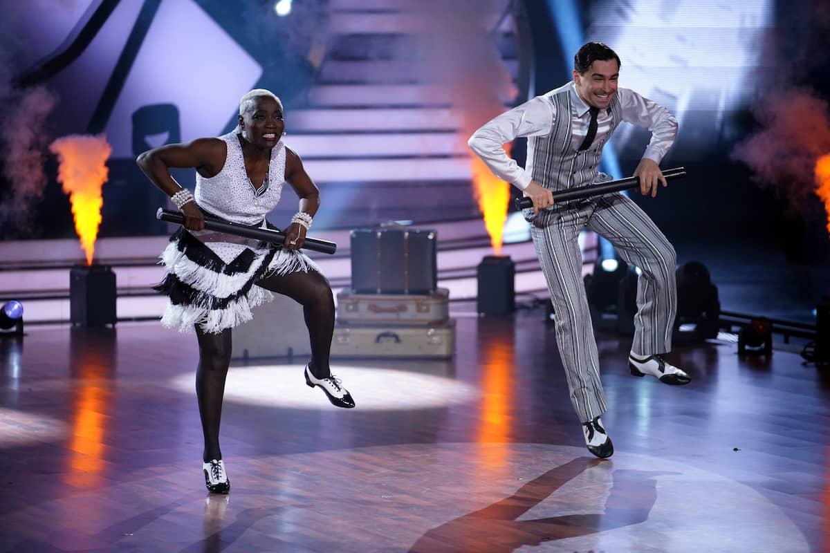 Auma Obama und Andrzej Cibis bei Let's dance am 16.4.2021