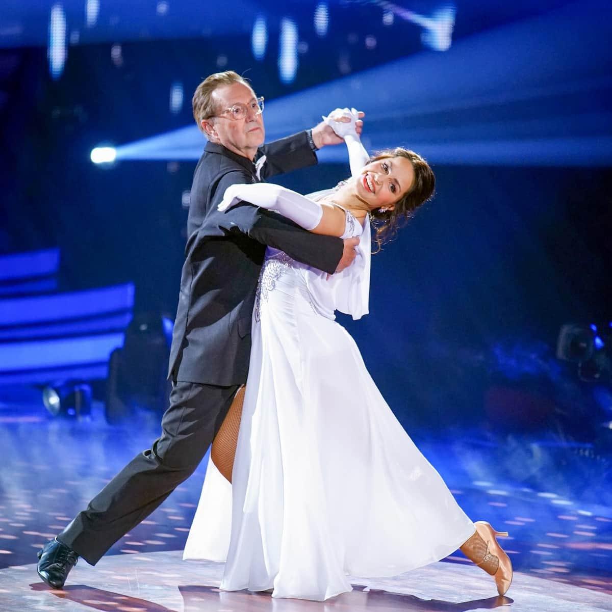 Bei Let's dance am 23.4.2021 ausgeschieden Jan Hofer und Christina Luft