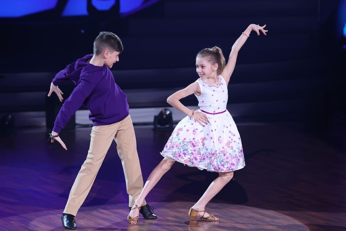 Jona Szewczenko - Tizio Toago Domingues da Silva bei Let's dance Kids am 16.5.2021