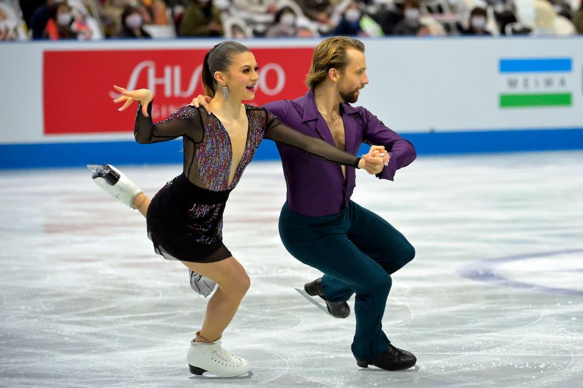 Kaitlin Hawayek - Jean-Luc Baker Platz 3 bei der World Team Trophy 2021 in Osaka nach dem Rhythm Dance im Eistanz