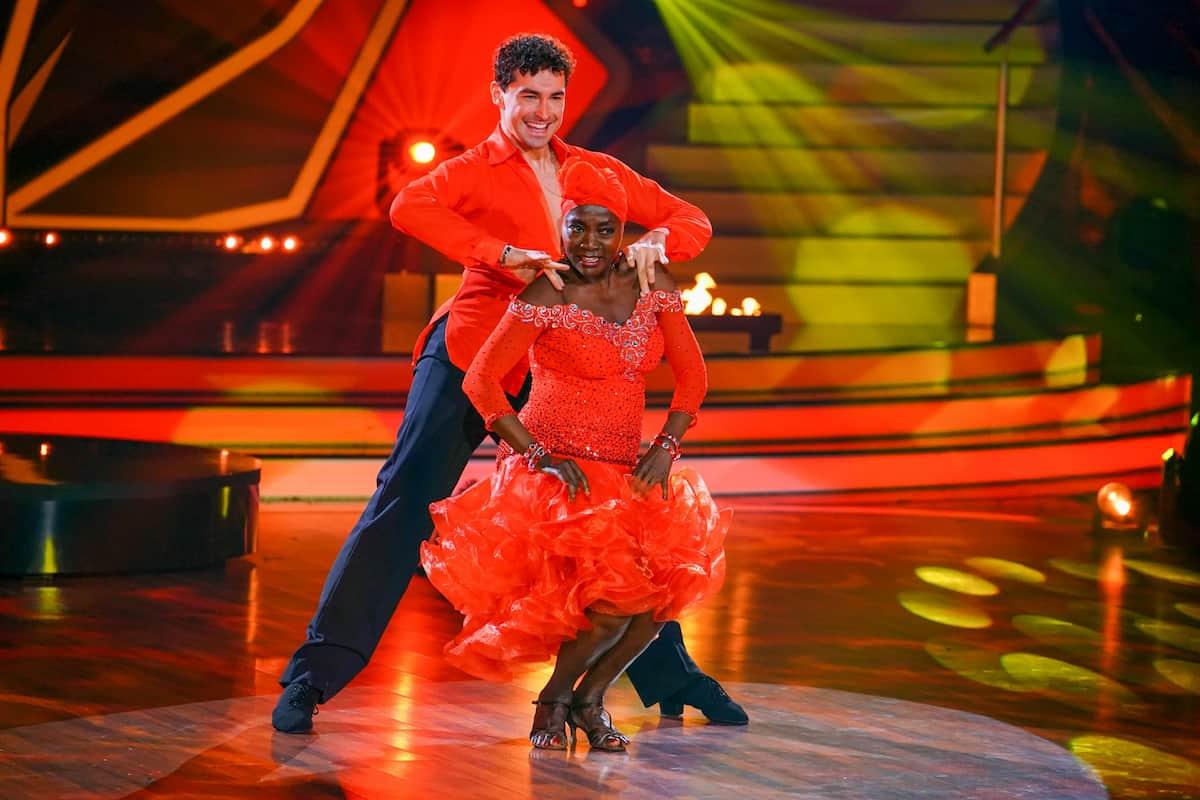 Let's dance am 23.4.2021 Auma Obama und Andrzej Cibis