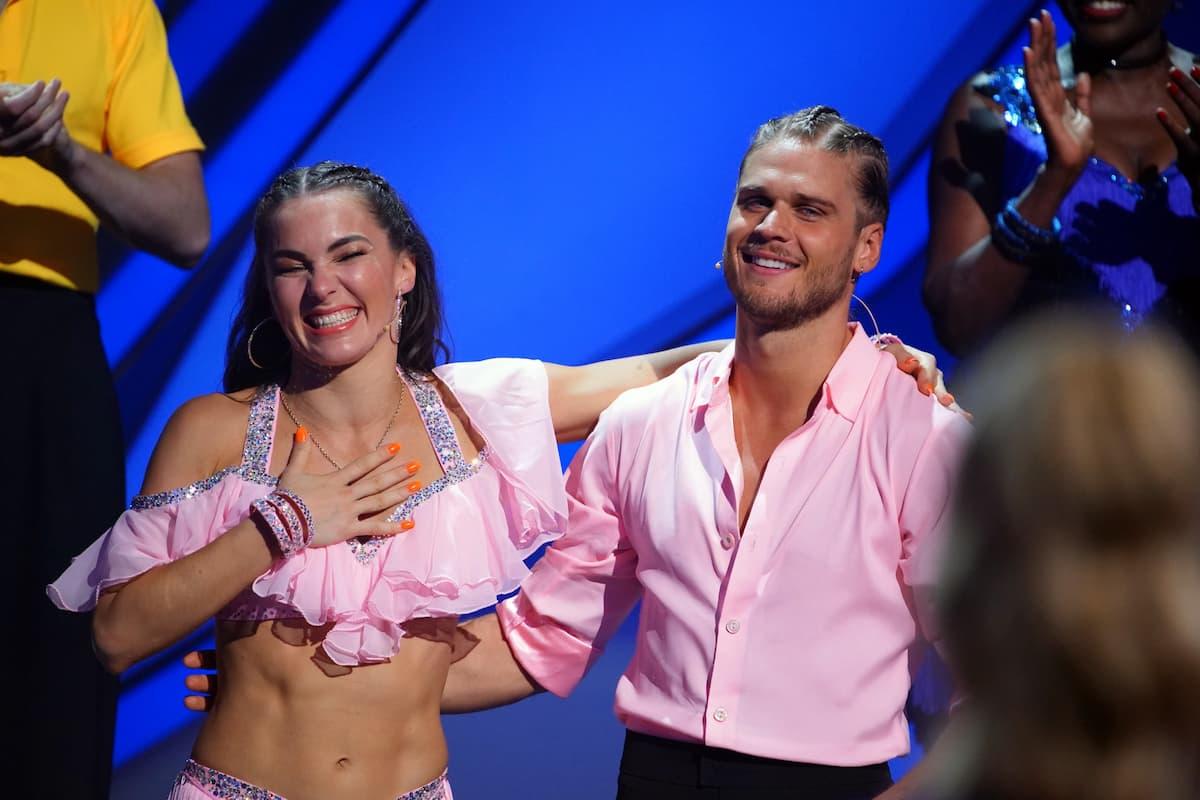 Renata Lusin und Rurik Gislason bei Let's dance am 30.4.2021