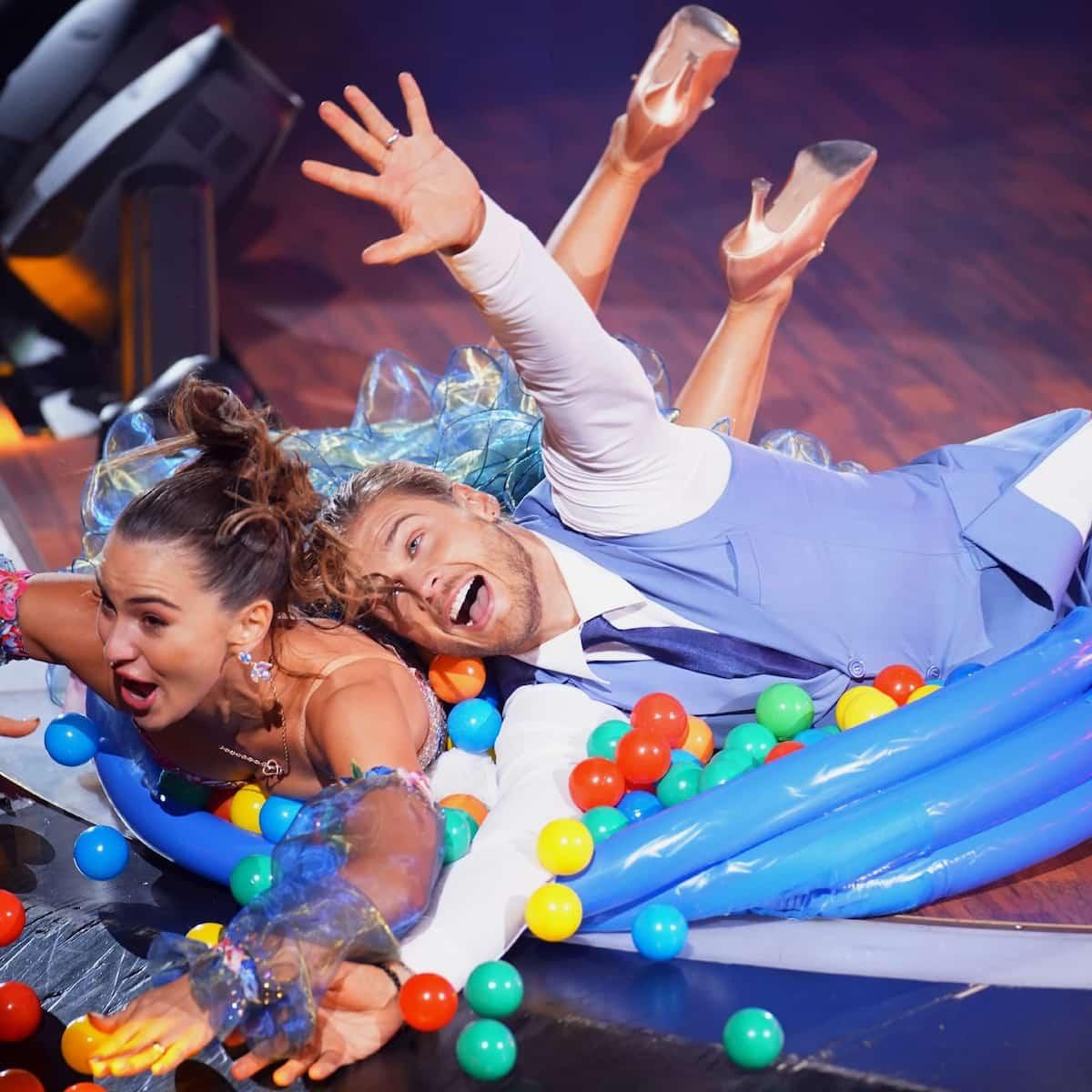 Renata Lusin und Rurik Gislason bei Let's dance am 9.4.2021