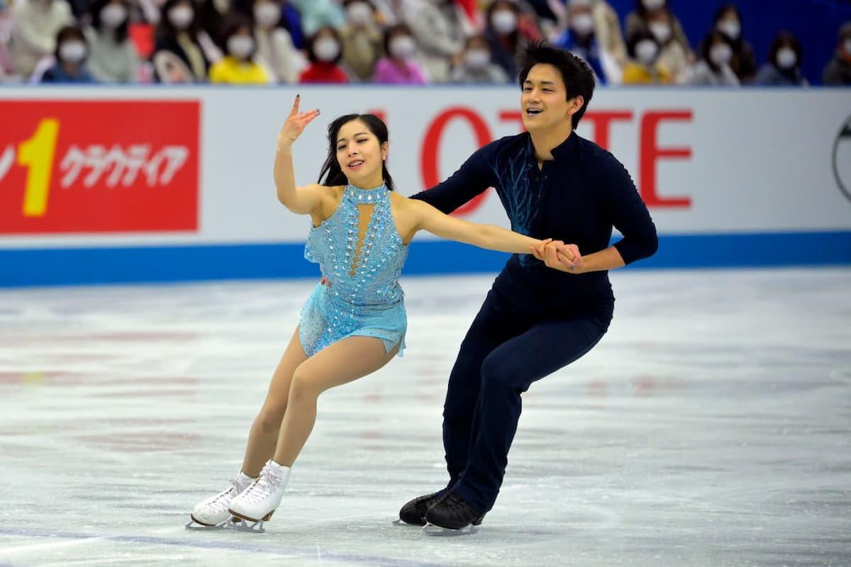 Riku Miura und Ryuichi Kihara für Japan im Paarlauf bei der World Team Trophy 2021
