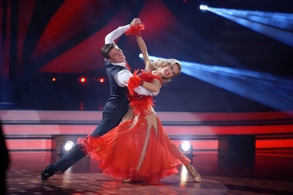 Simon Zachenhuber und Patricija Belousova bei Let's dance am 16.4.2021