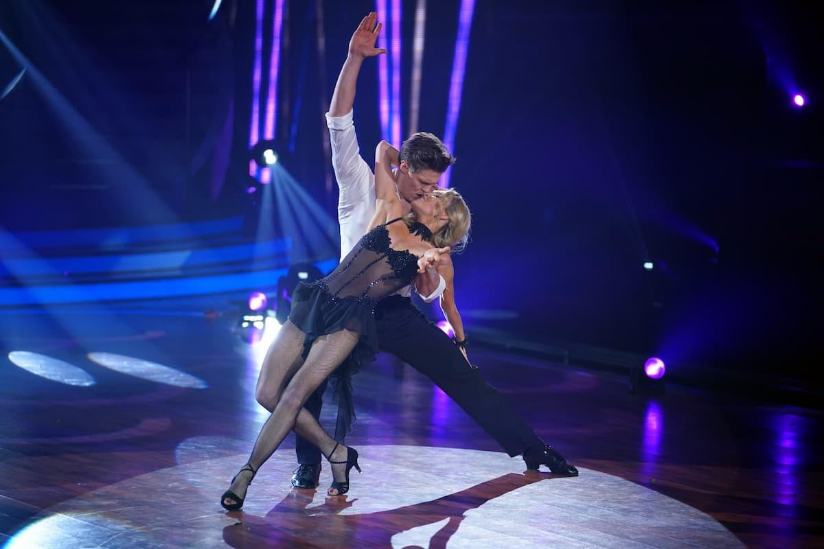 Simon Zachenhuber und Patricija Belousova bei Let's dance am 30.4.2021