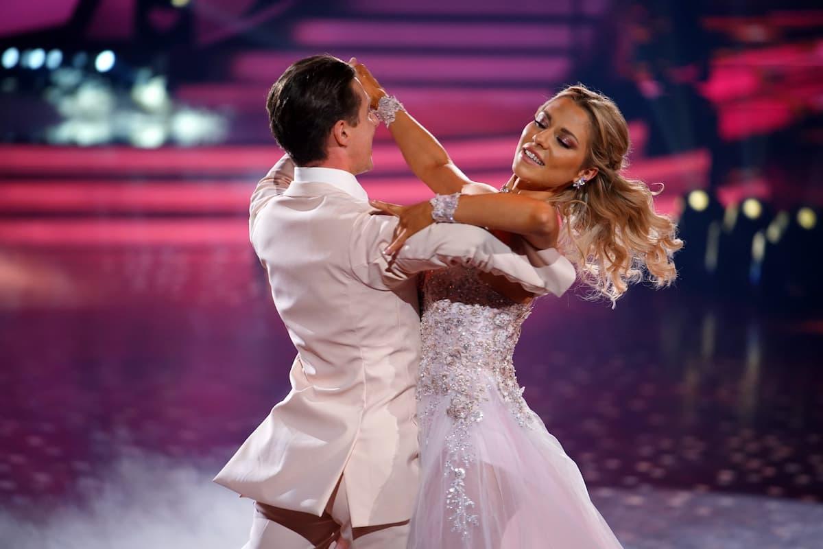 Valentin Lusin und Valentina Pahde bei Let's dance am 9.4.2021