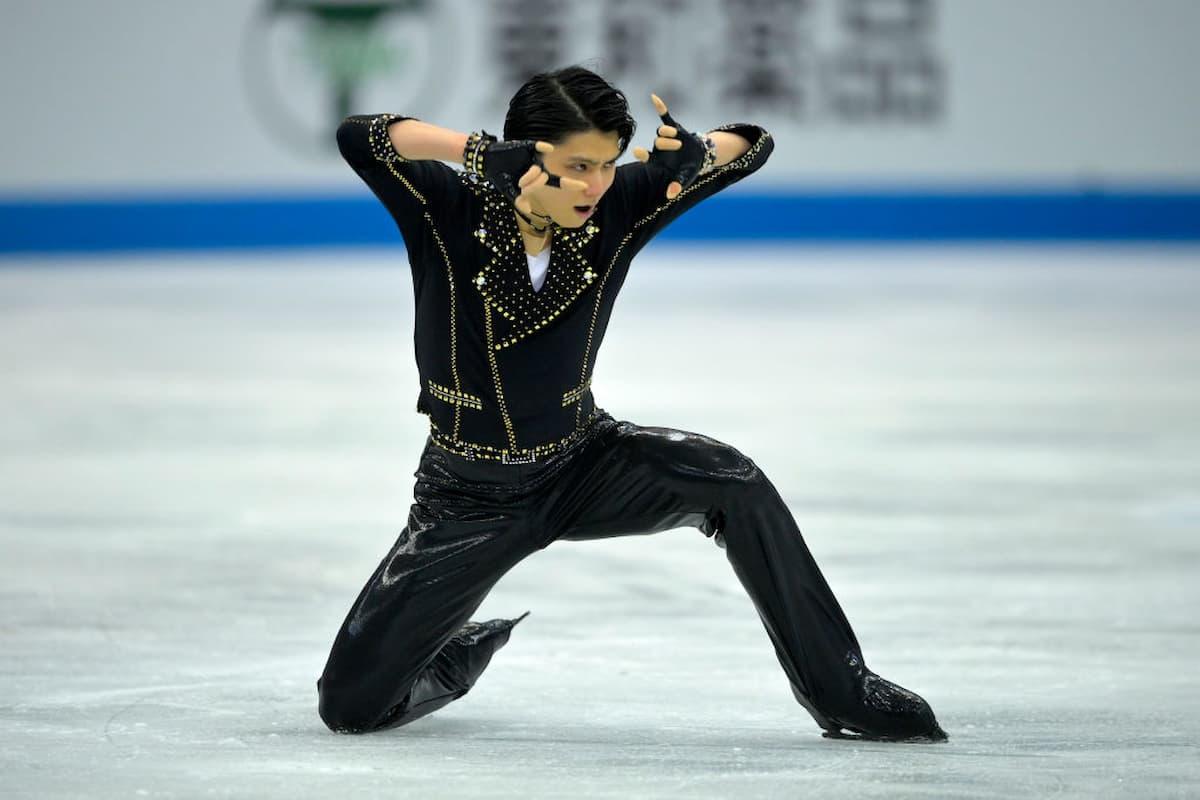 Yuzuru Hanyu Platz 2 bei der World Team Trophy 2021 in Osaka nach dem Kurzprogramm der Herren