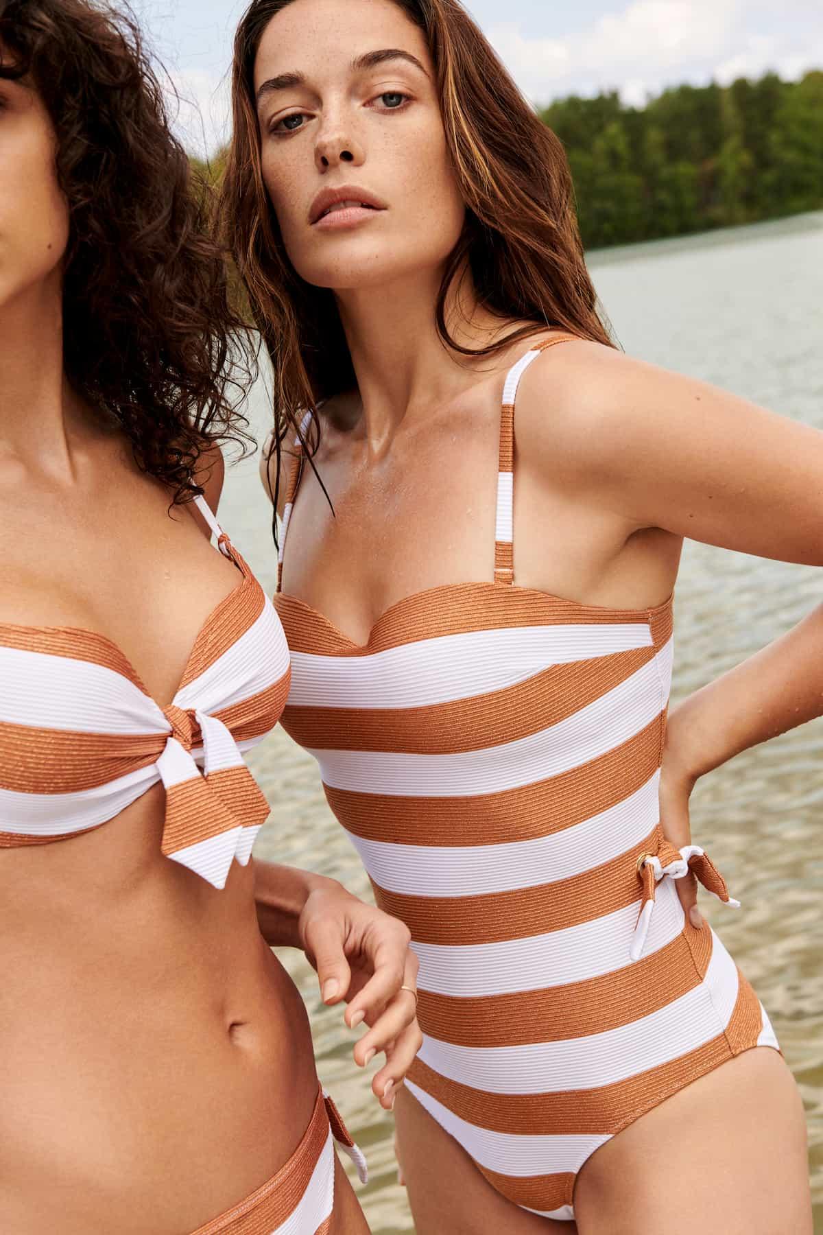 Gestreifter Badeanzug und Bikini, Modell Fernanda von Marie Jo Swim für die Sommermode 2021