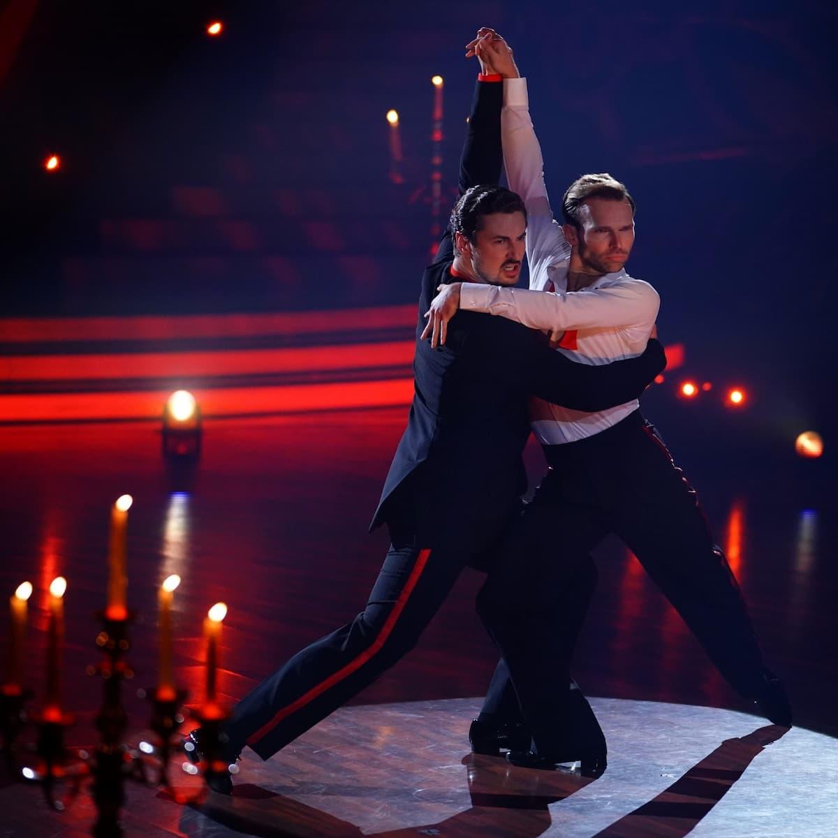 Nicolas Puschmann - Vadim Garbuzov Tango - 3. Platz im Finale Let's dance am 28.5.2021