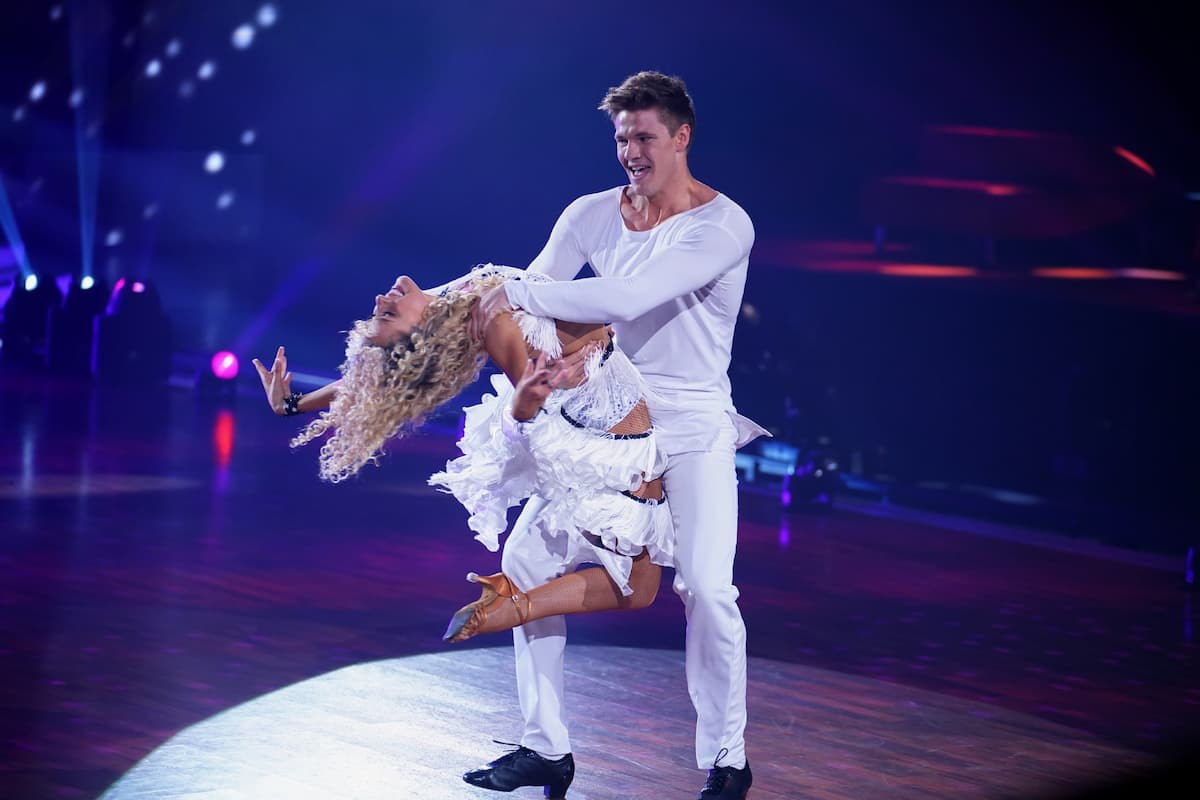 Patricija Belousova mit Simon Zachenhuber bei Let's dance am 14.5.2021