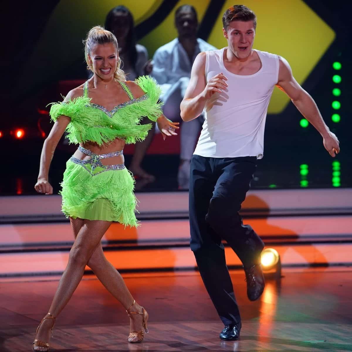 Patricija Belousova und Simon Zachenhuber bei Let's dance am 21.5.2021