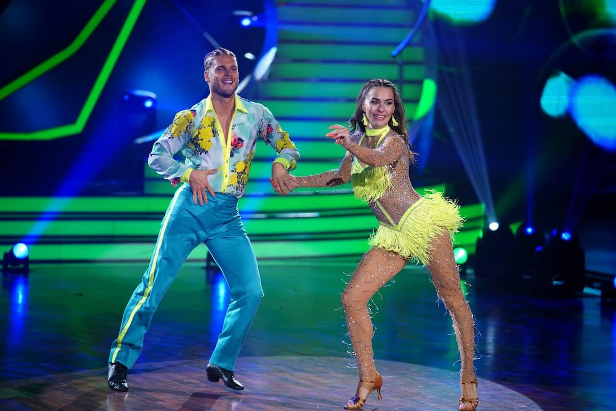 Rurik Gislason und Renata Lusin bei Let's dance am 30.4.2021 bei ihrer Samba
