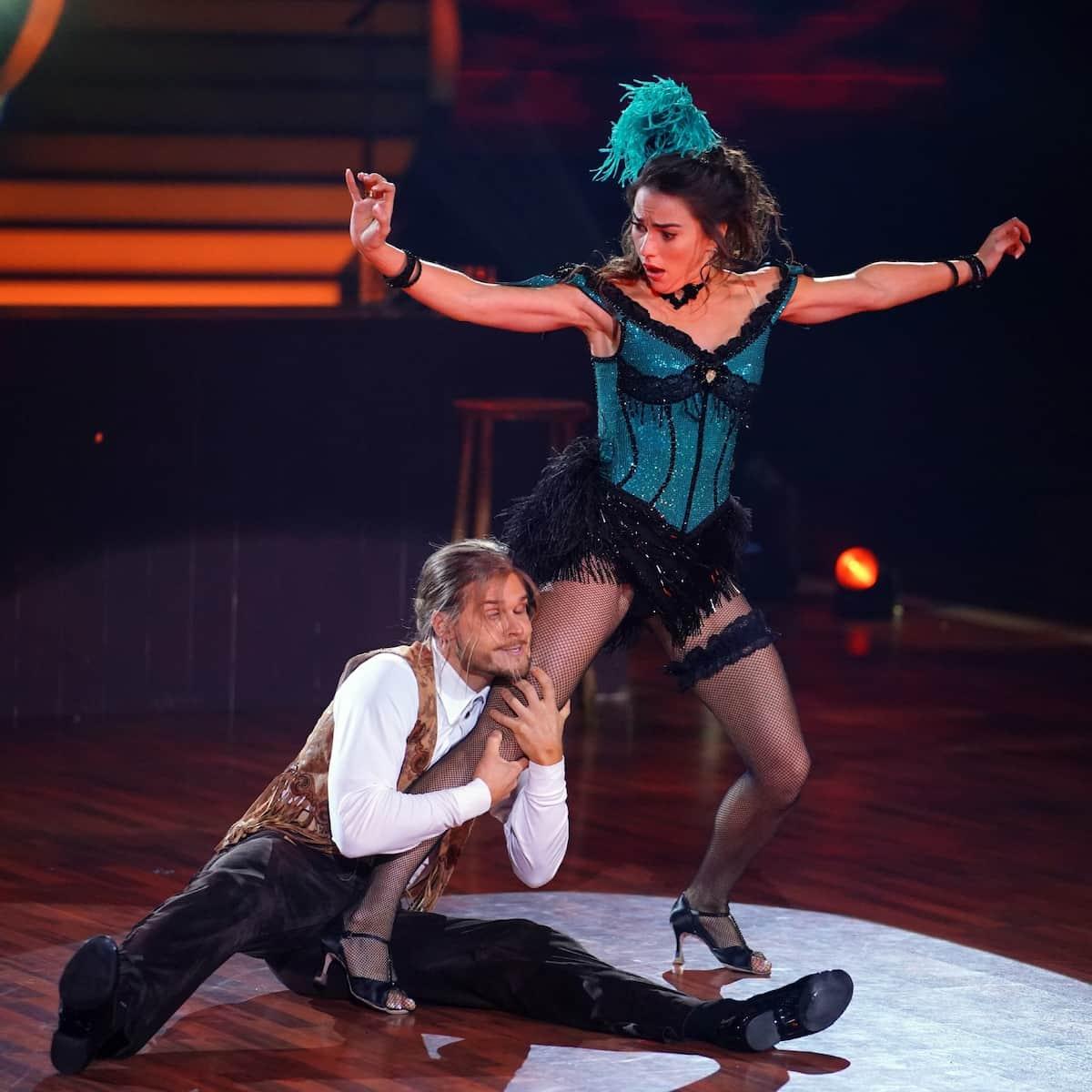 Rurik Gislason und Renata Lusin beim Charleston Let's dance am 21.5.2021