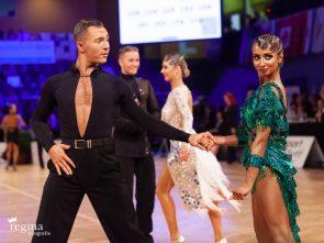 Tanzsport: Wiener Meisterschaft 2021 Latein und 10 Tänze -hier Tim Grabenwöger - Natalie Cramer - bei den letzten AOC in Wien