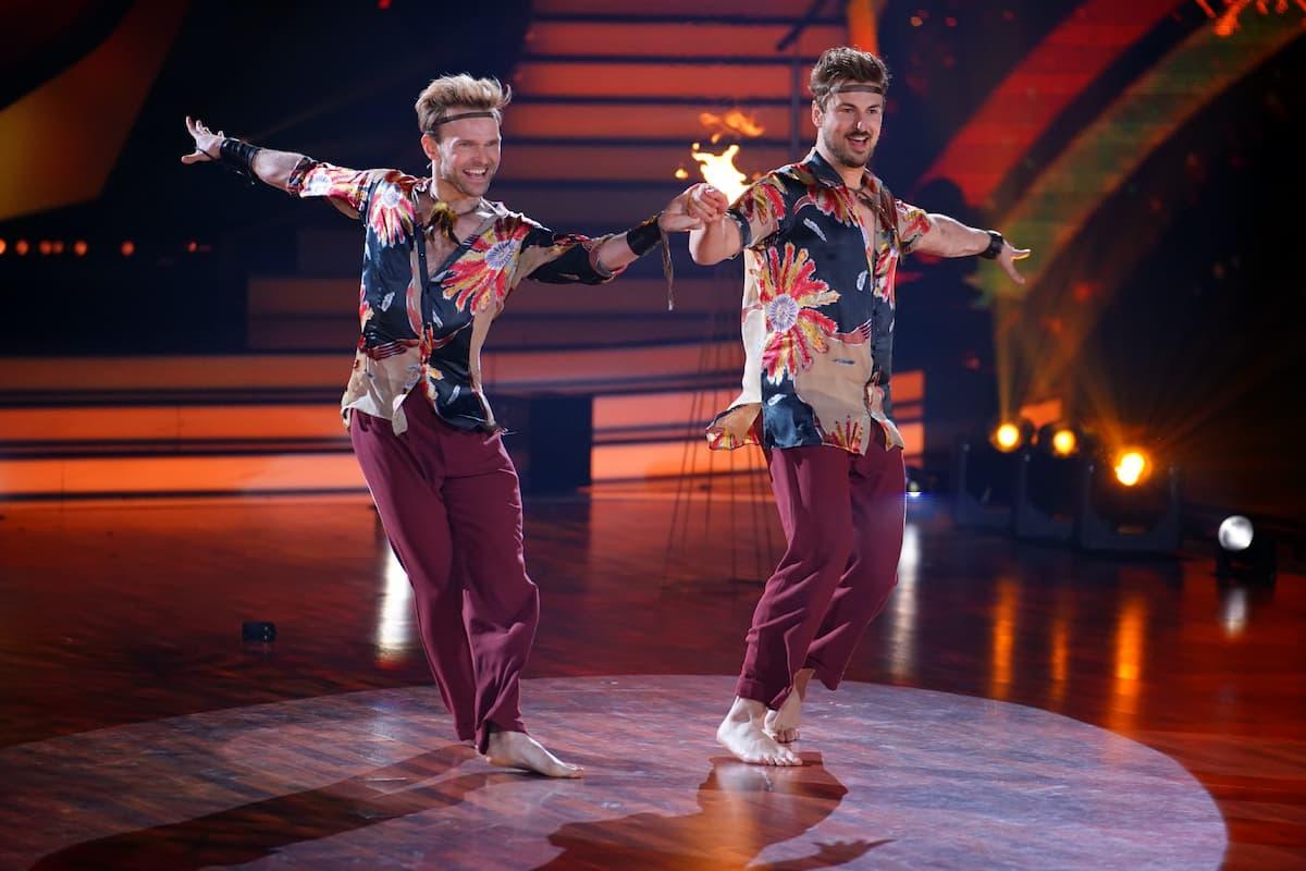 Vadim Garbuzov und Nicolas Puschmann - salsa bei Let's dance am 14.5.2021