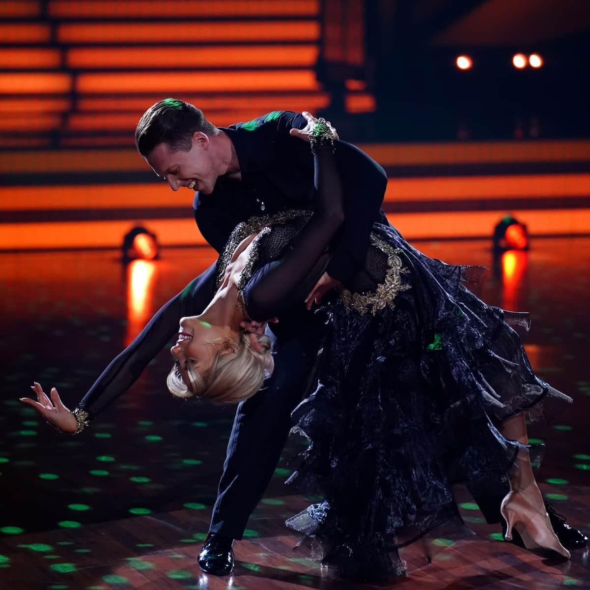 Valentin Lusin - Valentina Pahde - Wiener Walzer im Finale Let's dance am 28.5.2021
